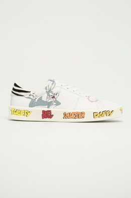 MOA Concept - Кожаные ботинки x Looney Tunes