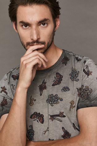 Medicine - T-shirt by Vitalii Pavlovych, Tattoo Konwent