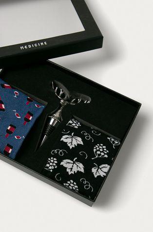 Medicine - Подаръчен комплект: чорапи (2 бройки) и коркова тапа за вино Gifts