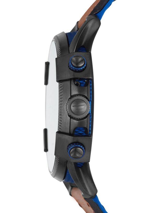 Diesel - Smartwatch DZT2009  Materiál č. 1: Přírodní kůže Materiál č. 2: Nerezová ocel