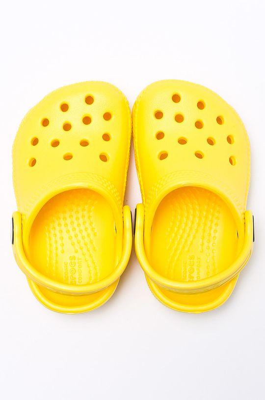 Crocs - Klapki dziecięce żółty