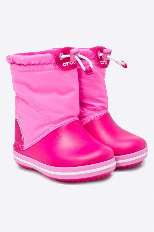 Crocs - Дитячі зимові черевики яскраво-рожевий