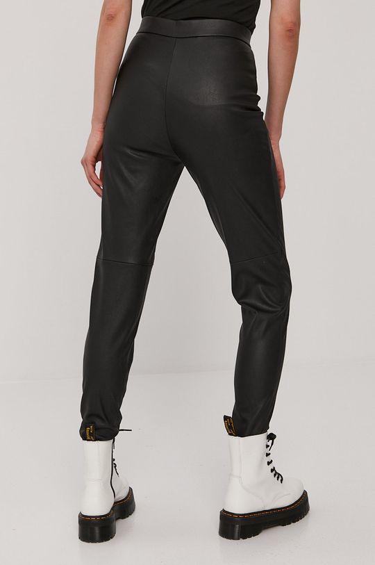 Vero Moda - Spodnie 100 % Poliester