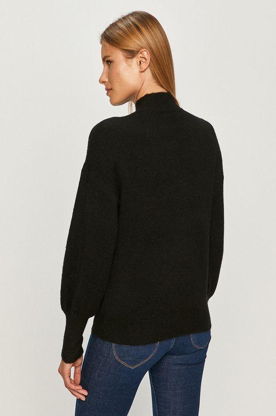 Vero Moda - Sweter 23 % Akryl, 6 % Elastan, 16 % Nylon, 52 % Poliester z recyklingu, 3 % Wełna