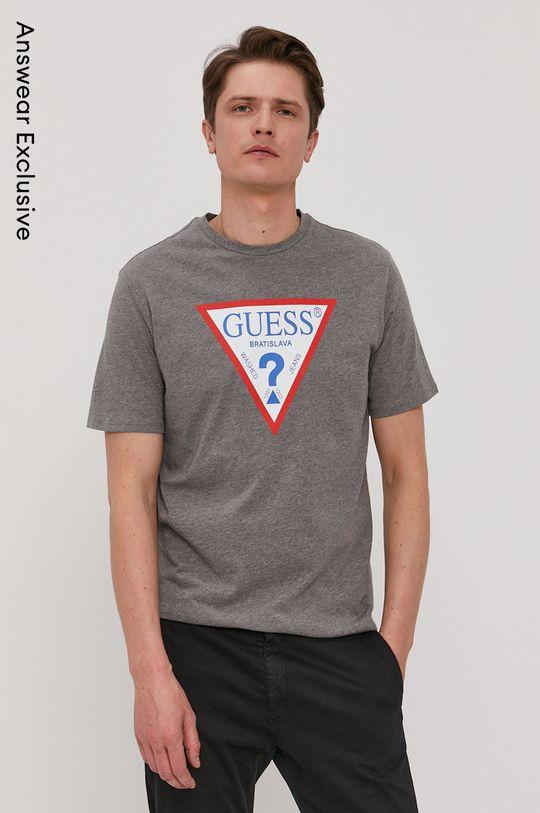 svetlosivá Guess - Tričko z narodeninovej kolekcie Pánsky