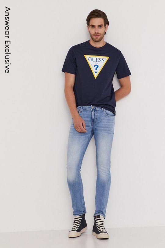 tmavomodrá Guess - Tričko z narodeninovej kolekcie Pánsky