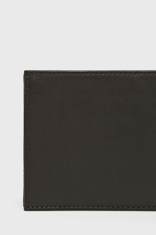 Tommy Hilfiger - Kožená peňaženka <p>Podšívka: Textil Základná látka: 100% Prírodná koža</p>