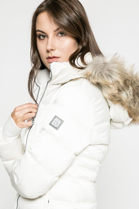 бял Calvin Klein Jeans - Пухено яке