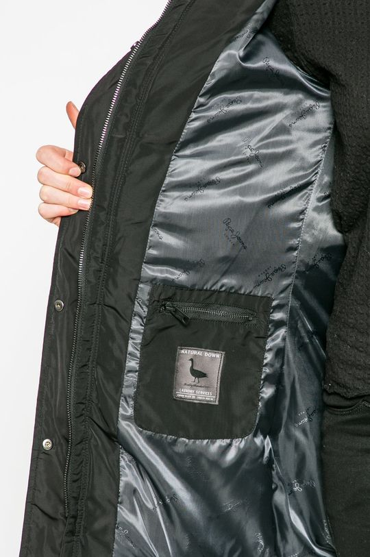 черен Pepe Jeans - Пухено яке