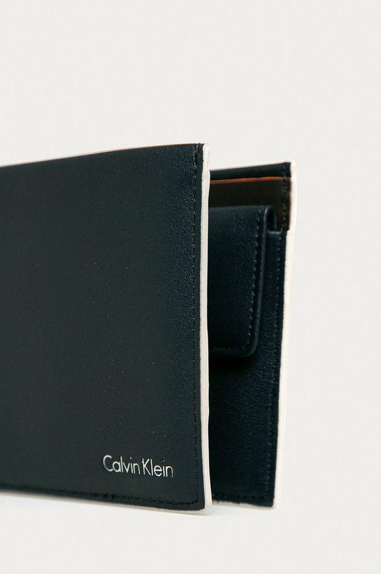 Calvin Klein Jeans - Kožená peňaženka tmavomodrá