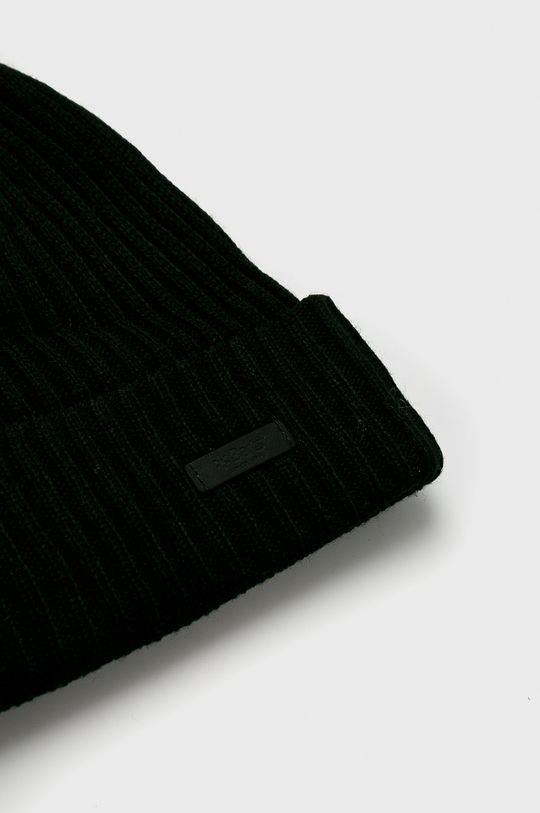 Barts - Caciula Materialul de baza: 40% Acril, 60% Poliester