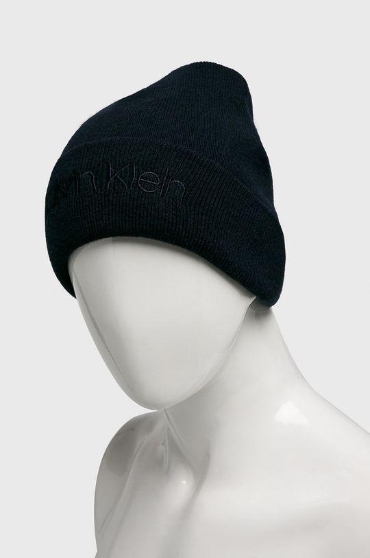 Calvin Klein - Čepice námořnická modř