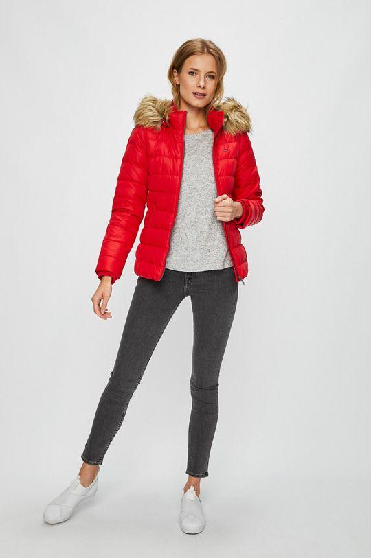 Tommy Jeans - Пухено яке червен