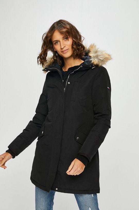 čierna Tommy Jeans - Páperová bunda Dámsky