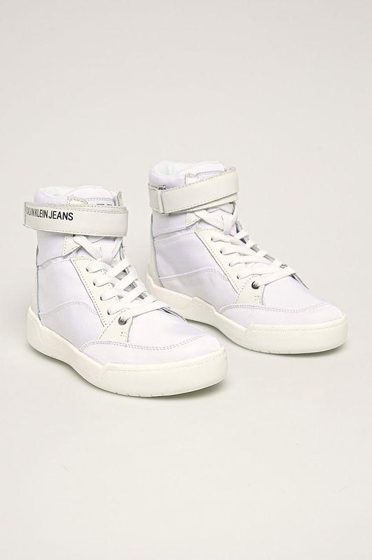 Calvin Klein Jeans - Nízké kozačky Nelda bílá
