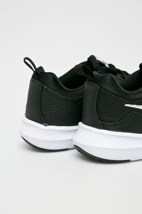 černá Nike - Boty