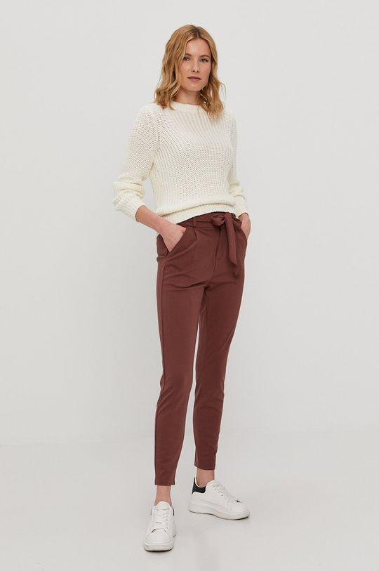Vero Moda - Nohavice gaštanová