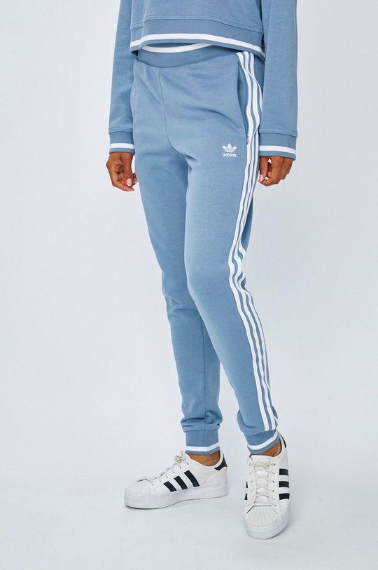 син adidas Originals - Панталони Жіночий