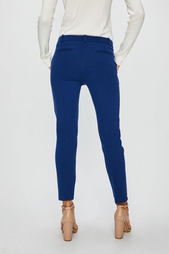 Pinko - Kalhoty  Podšívka: 67% Acetát, 33% Polyester Hlavní materiál: 5% Elastan, 28% Polyamid, 67% Viskóza