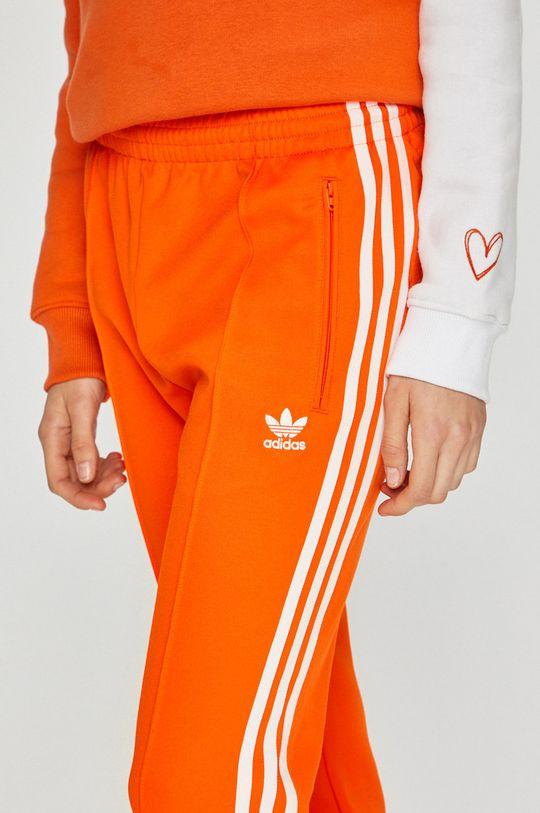 оранжев adidas Originals - Панталони