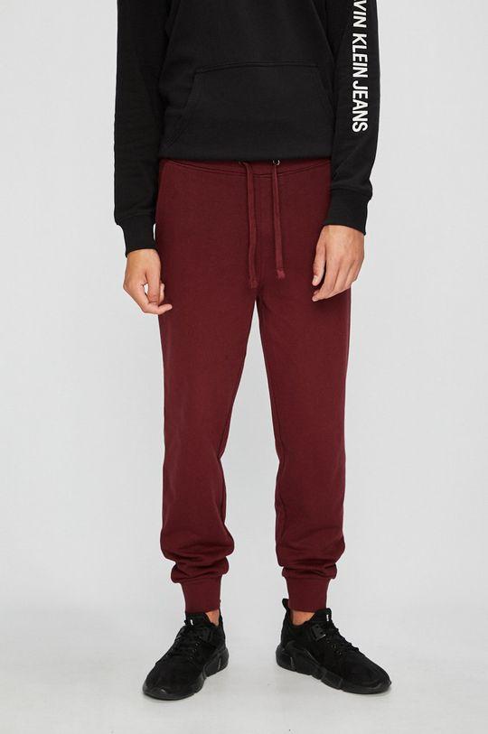kaštanová Calvin Klein Jeans - Kalhoty Pánský