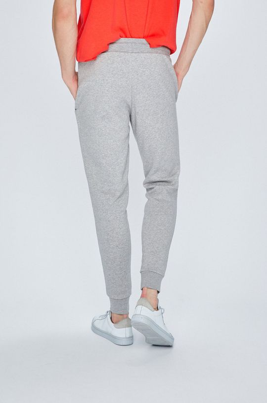 adidas Originals - Kalhoty  Hlavní materiál: 70% Bavlna, 30% Polyester Provedení: 95% Bavlna, 5% Elastan