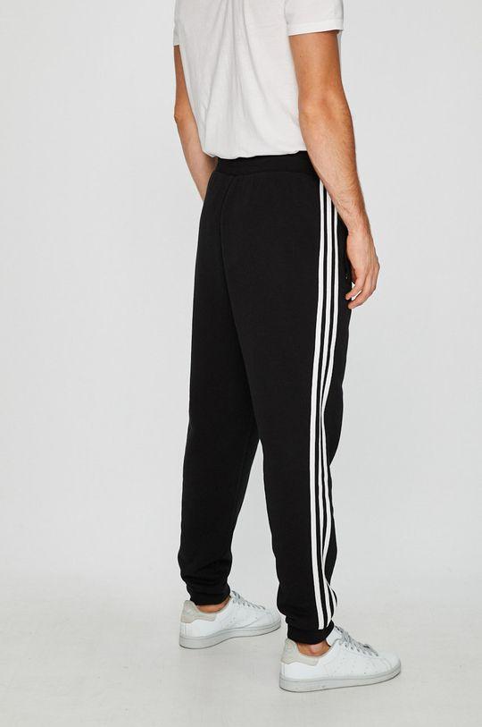 adidas Originals - Панталони  Основен материал: 100% Памук Други материали: 95% Памук, 5% Еластан