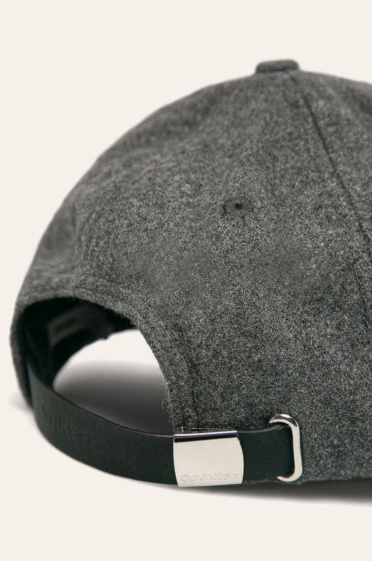 Calvin Klein - Čepice  11% Akryl, 54% Polyester, 28% Vlna, 7% Jiný materiál