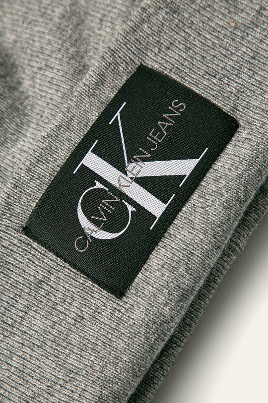 šedá Calvin Klein Jeans - Čepice a šála