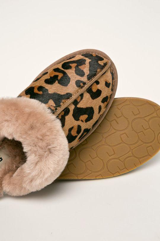 UGG - Papuče W Scuffette II Leopard  Zvršok: Prírodná koža Vnútro: Vlna Podrážka: Syntetická látka