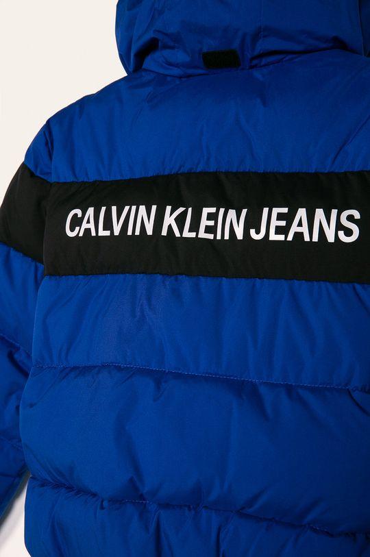 Calvin Klein Jeans - Geaca copii Umplutura: 100% Poliester   Materialul de baza: 100% Poliester   Finisaj: 12% Elastan, 88% Poliester