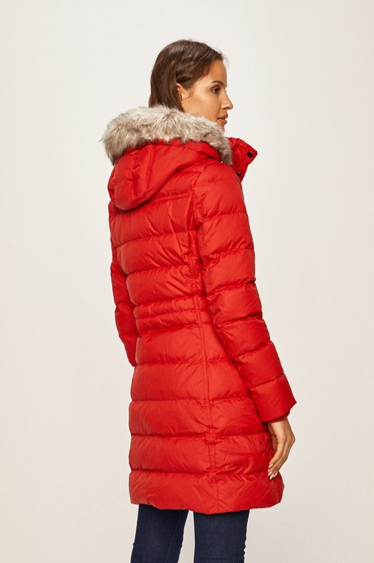 Tommy Hilfiger - Páperová bunda  Podšívka: 100% Polyamid Výplň: 30% Páperie, 70% Páperie Základná látka: 100% Polyester Kožušina: 6% Akryl, 94% Modacryl