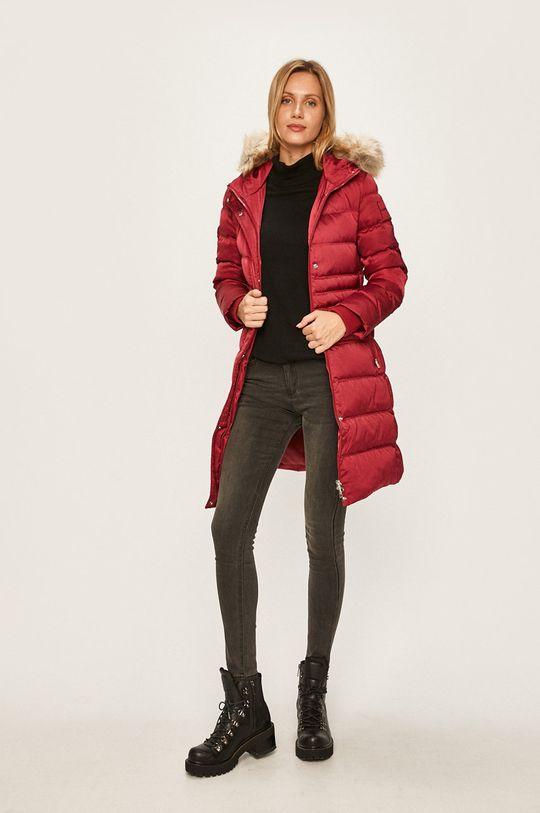 Calvin Klein Jeans - Péřová bunda červená