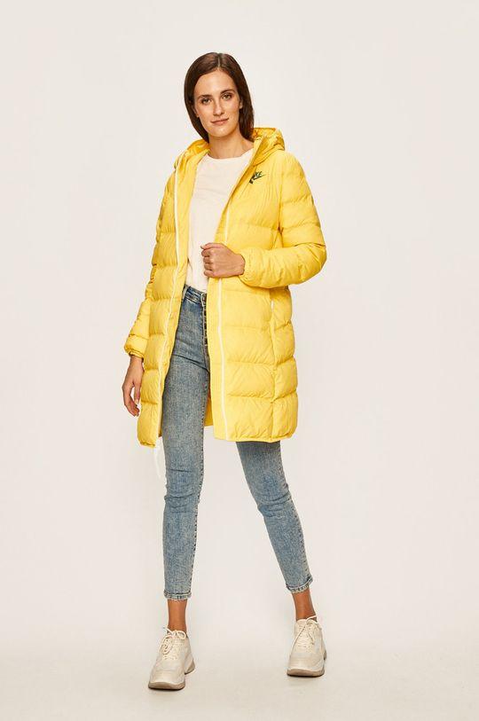 žlutá Nike Sportswear - Péřová bunda Dámský