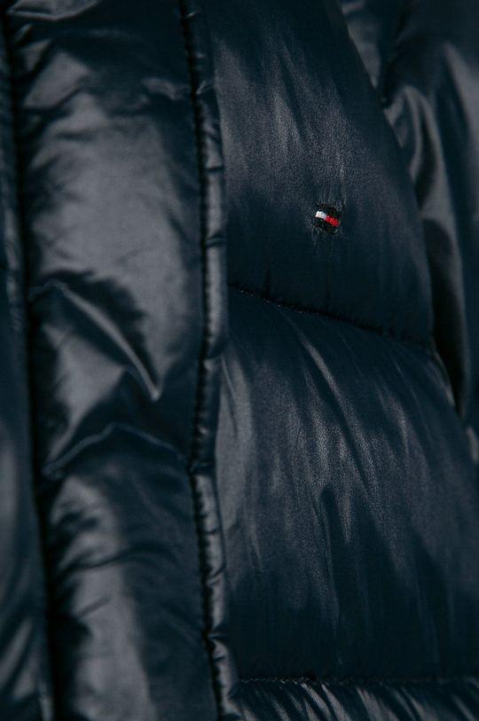 Tommy Hilfiger - Dětská bunda 104-176 cm Podšívka: 100% Polyester Výplň: 100% Polyester Hlavní materiál: 100% Polyamid Provedení: 2% Elastan, 98% Polyester
