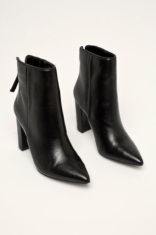 Steve Madden - Členkové topánky Renn čierna
