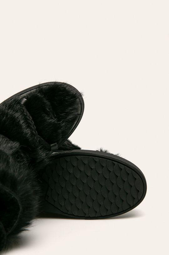 čierna Inuikii - Snehule