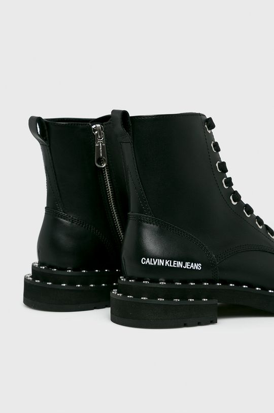 Calvin Klein Jeans - Členkové topánky  Zvršok: Prírodná koža Vnútro: Syntetická látka Podrážka: Syntetická látka