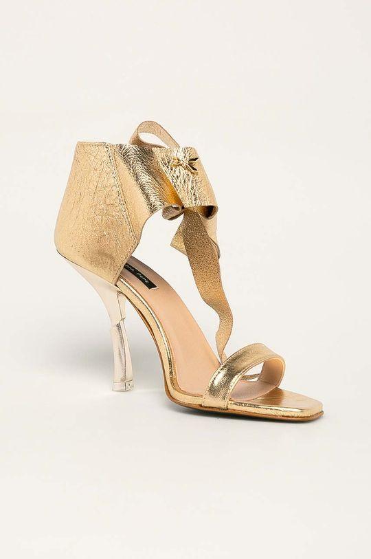 zlatá Patrizia Pepe - Kožené sandály