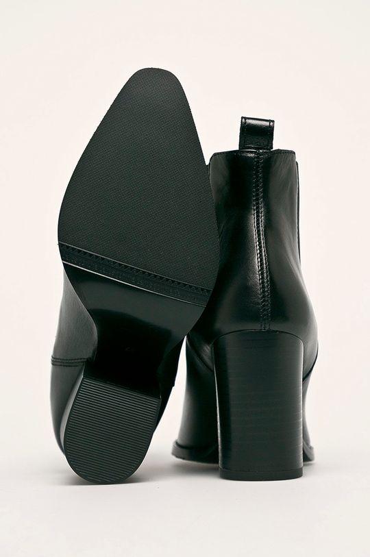 černá Solo Femme - Nízké kozačky
