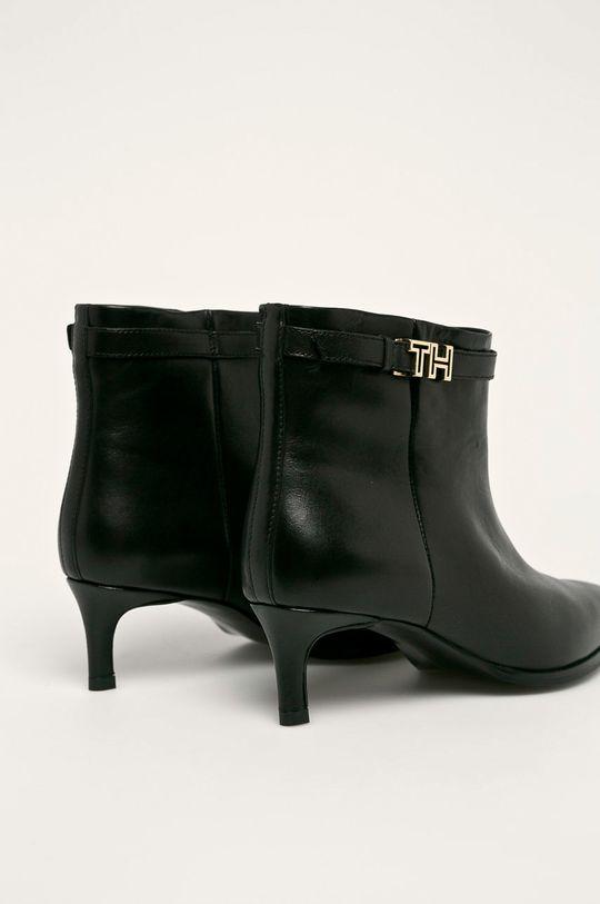 Tommy Hilfiger - Členkové topánky  Zvršok: Prírodná koža Vnútro: Textil, Prírodná koža Podrážka: Syntetická látka