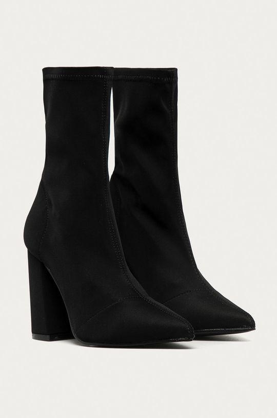 Truffle Collection - Členkové topánky čierna