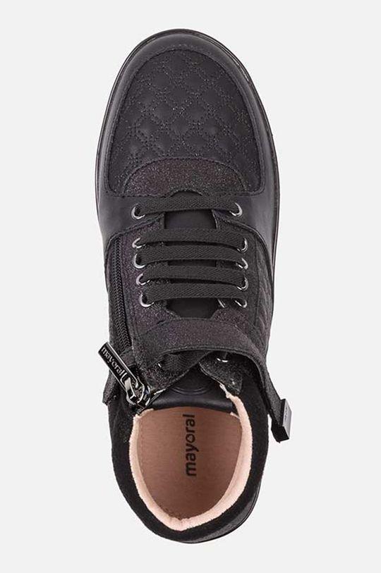 Mayoral - Детски обувки 26-30  Горна част: 75% Полиуретан, 25% Волска кожа Вътрешна част: 95% Памук, 5% Еластан Подметка: 100% Синтетичен материал