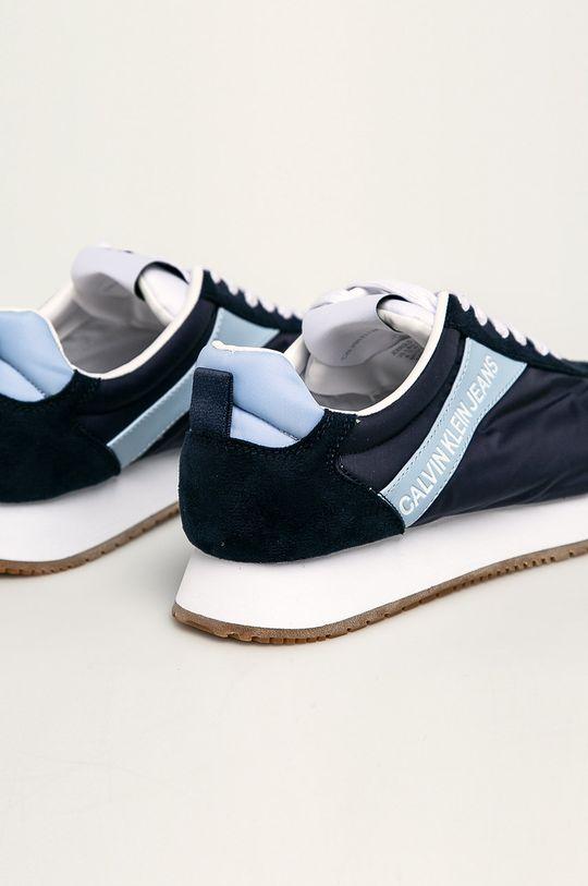 Calvin Klein Jeans - Boty Svršek: Umělá hmota, Textilní materiál Vnitřek: Umělá hmota, Textilní materiál Podrážka: Umělá hmota