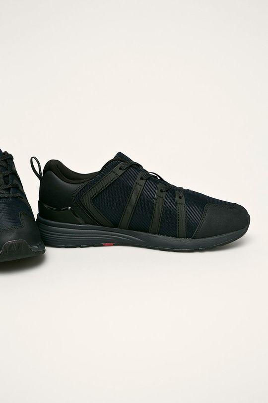 Levi's - Обувки Bodie черен