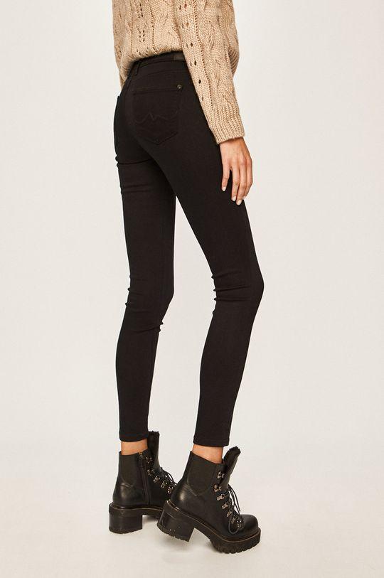 Pepe Jeans - Rifle Lola  Základná látka: 66% Bavlna, 2% Elastan, 16% Modal, 16% Polyester Podšívka vrecka: 35% Bavlna, 65% Polyester