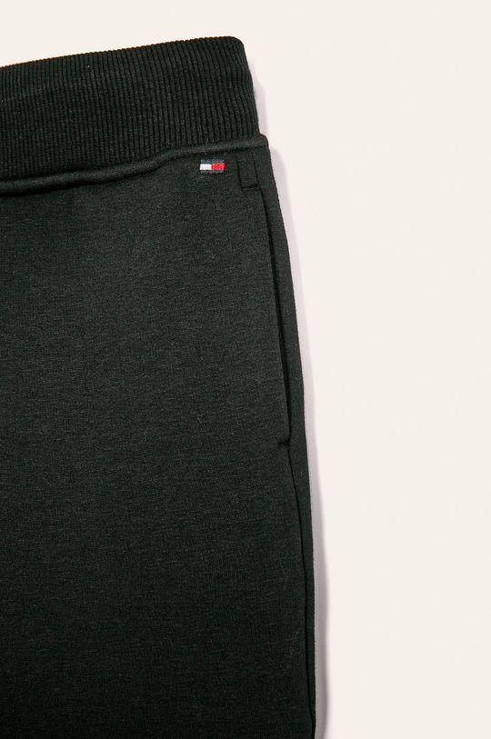 Tommy Hilfiger - Detské nohavice 128-176 cm  Základná látka: 32% Bavlna, 3% Elastan, 65% Polyester Úprava : 97% Bavlna, 3% Elastan