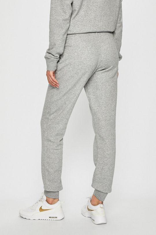 Nike Sportswear - Nohavice  Základná látka: 80% Bavlna, 20% Polyester Podšívka vrecka: 100% Bavlna
