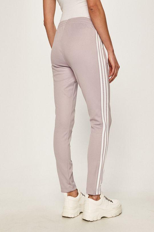 adidas Originals - Pantaloni Materialul de baza: 25% Bumbac, 5% Elastan, 70% Poliester   Captuseala buzunarului: 100% Poliester