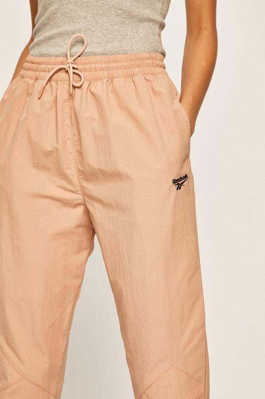 beżowy Reebok Classic - Spodnie x Gigi Hadid